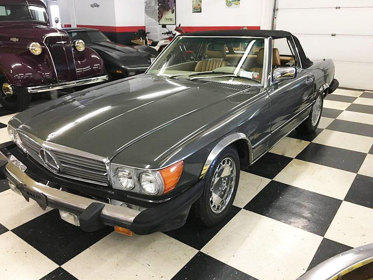 1987 Mercedes-Benz 560 (CC-1022981) for sale in Malone, New York