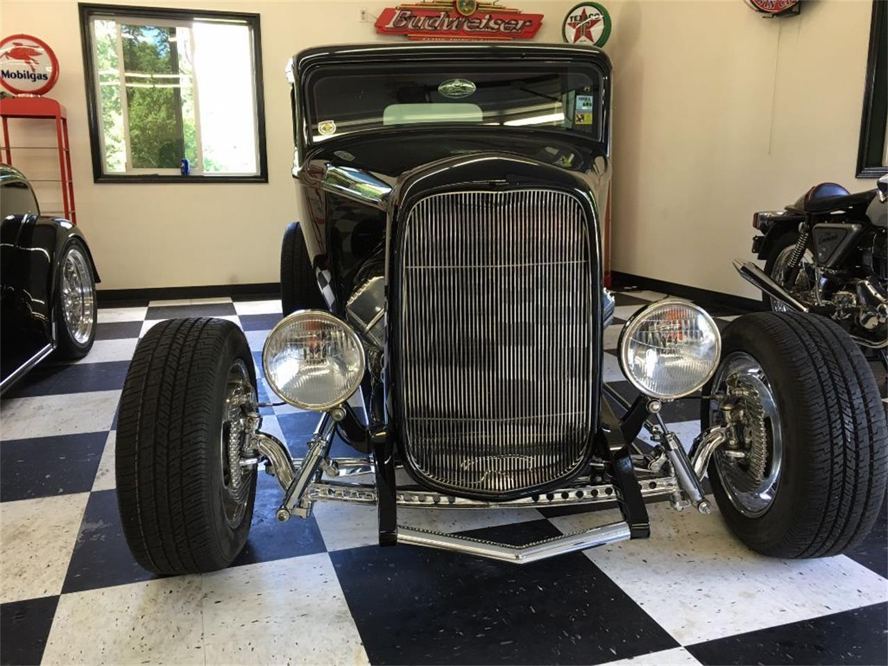 1932 Ford 2-Dr Sedan (CC-1020750) for sale in Annandale, Minnesota