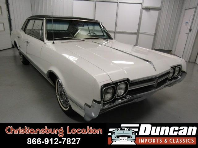 1966 Oldsmobile Cutlass Supreme (CC-1052270) for sale in Christiansburg, Virginia