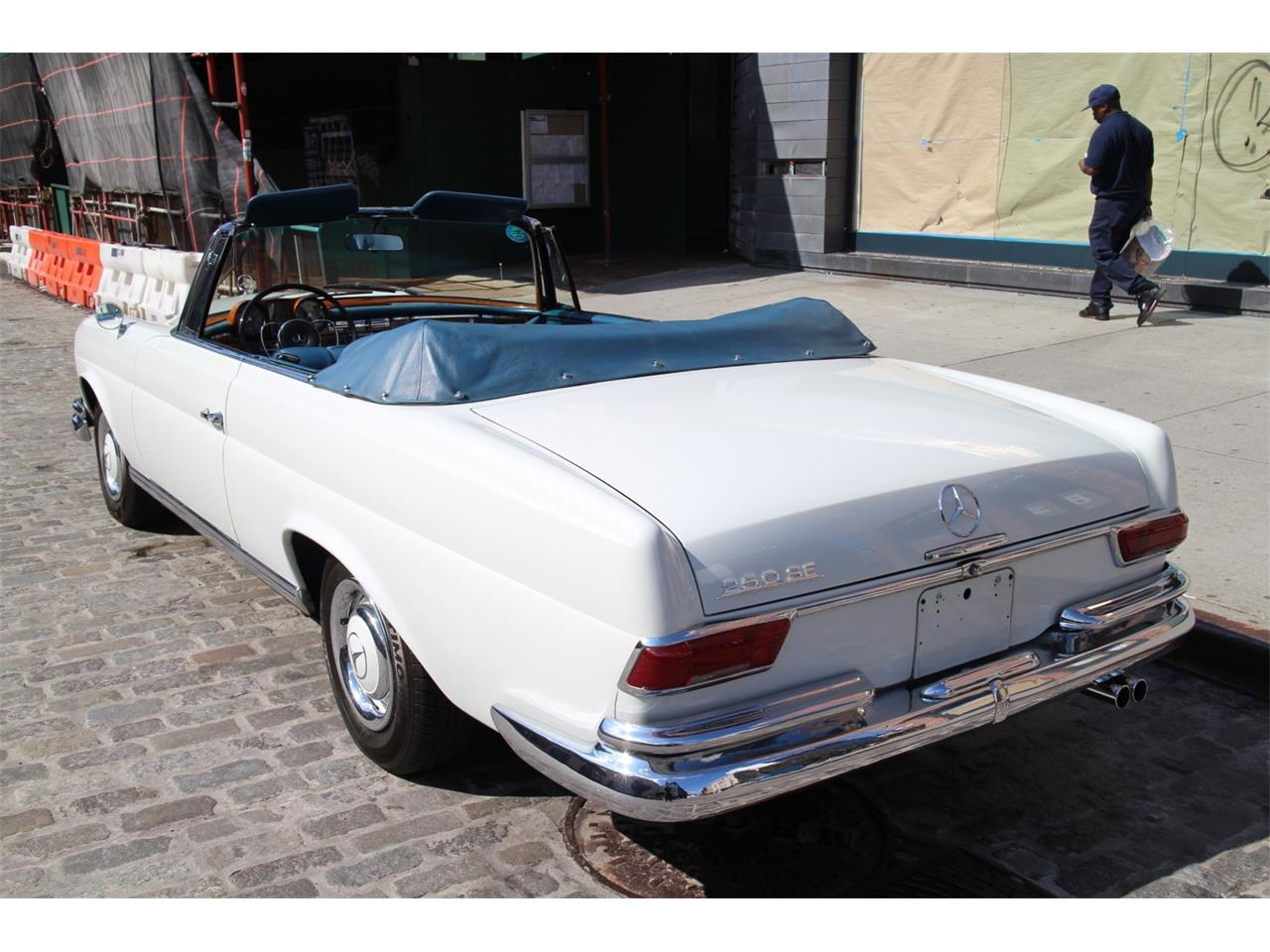 1967 Mercedes-Benz 250SE (CC-1070330) for sale in New York, New York