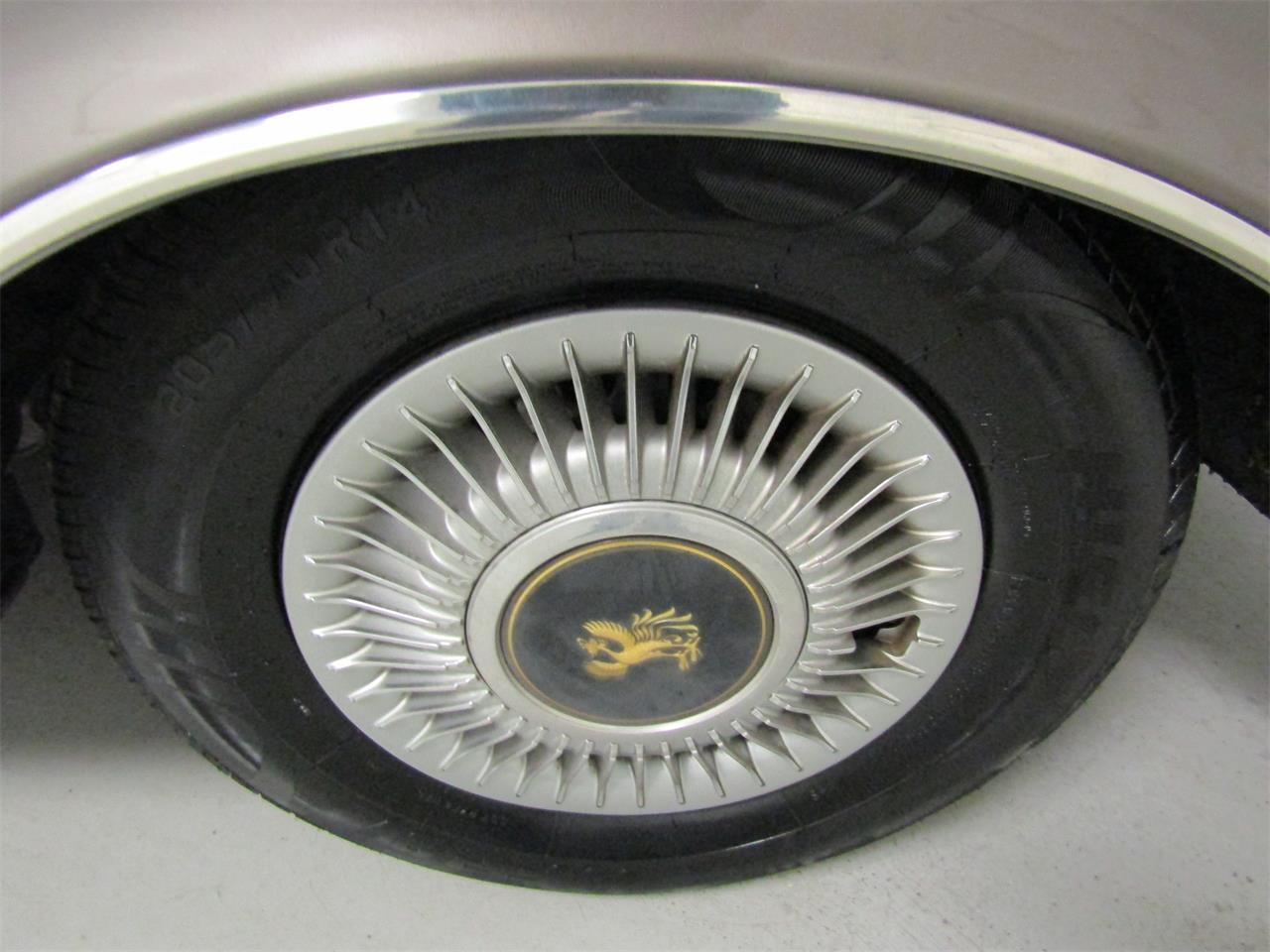 1992 Toyota Century (CC-1074497) for sale in Christiansburg, Virginia