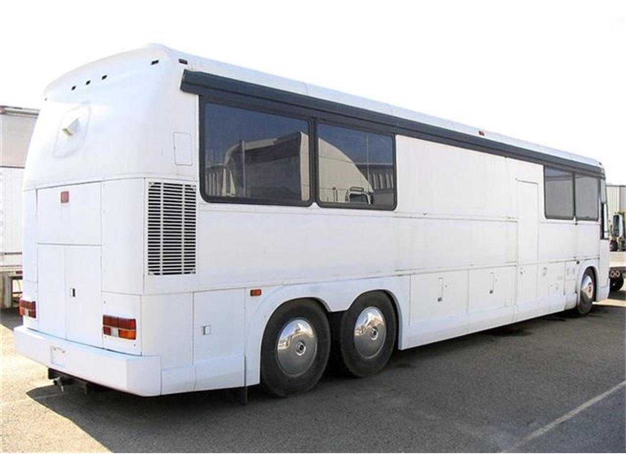 1991 Motor Coach Industries Recreational Vehicle (CC-1082442) for sale in Scotts Valley, California