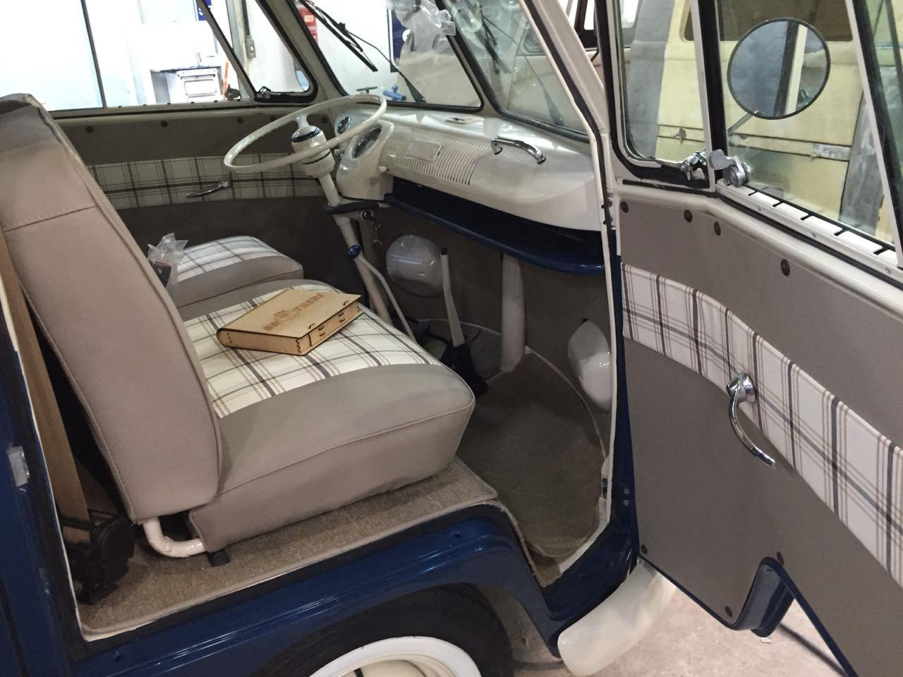 1975 Volkswagen Bus (CC-1083777) for sale in Los Angeles, California