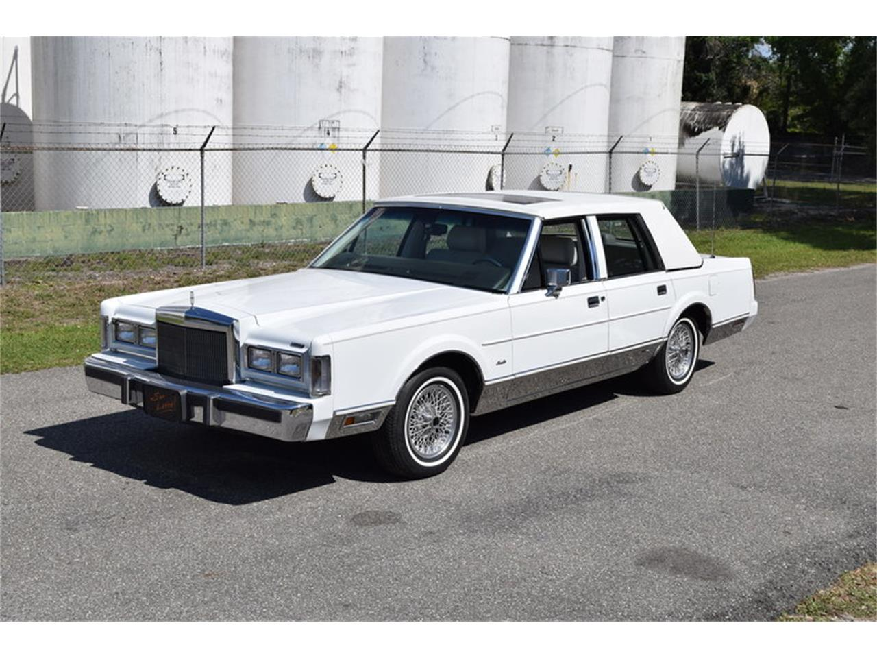 1988 Lincoln Town Car For Sale Classiccars Com Cc 1090775
