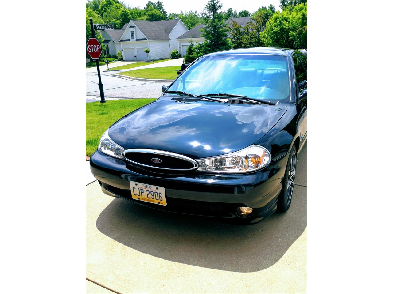 1998 Ford Sedan (CC-1103515) for sale in BROADVIEW HEIGHTS, Ohio