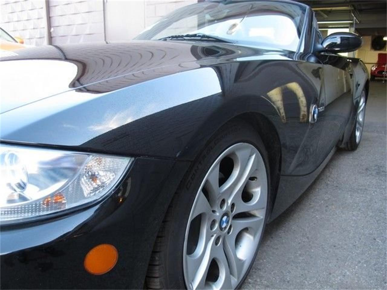 2005 BMW Z4 (CC-1113200) for sale in Troy, Michigan
