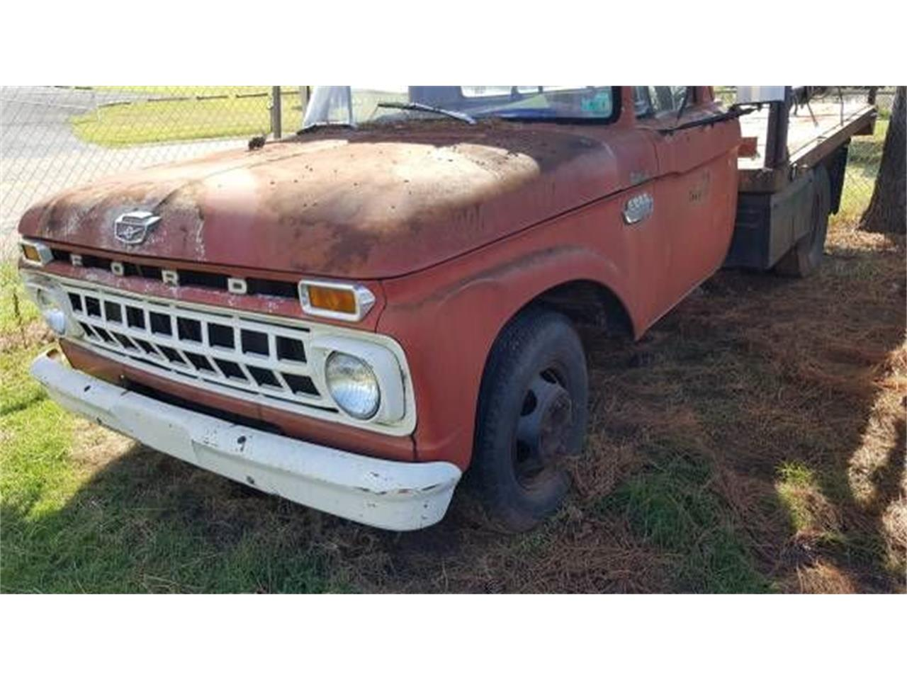 1964 Ford Dump Truck (CC-1117965) for sale in Cadillac, Michigan
