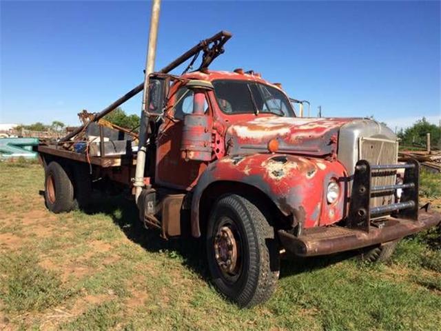 1964 Mack Truck (CC-1122398) for sale in Cadillac, Michigan