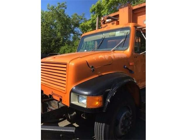 1992 International 4700 (CC-1122768) for sale in Cadillac, Michigan