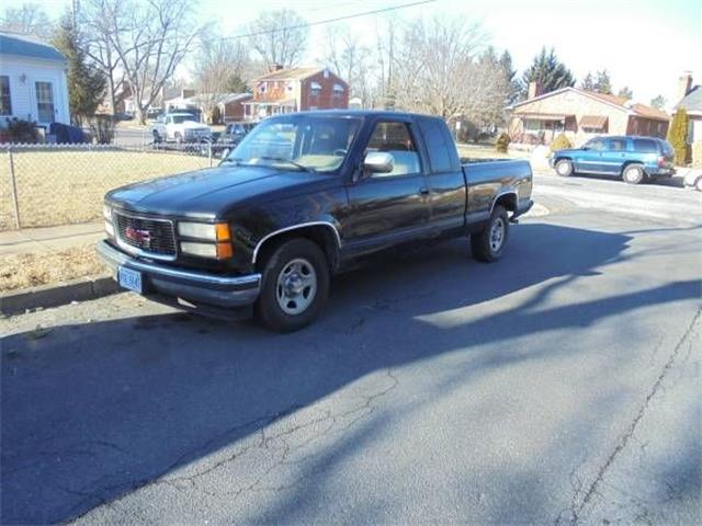 1992 Chevrolet C2500 (CC-1125190) for sale in Cadillac, Michigan
