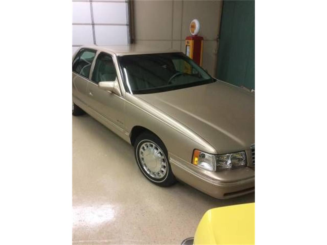 1998 Cadillac DeVille (CC-1125496) for sale in Cadillac, Michigan