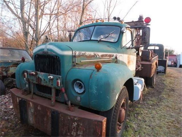 1960 Mack Truck (CC-1130335) for sale in Cadillac, Michigan