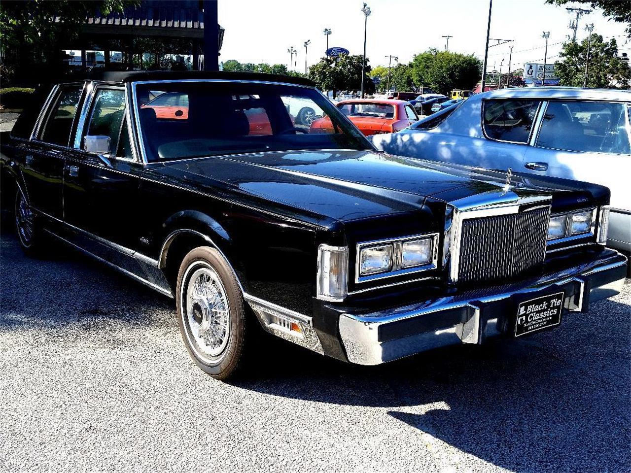1987 Lincoln Town Car (CC-1136540) for sale in Stratford, New Jersey
