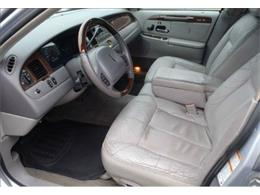 2001 Lincoln Town Car (CC-1136567) for sale in Stratford, New Jersey