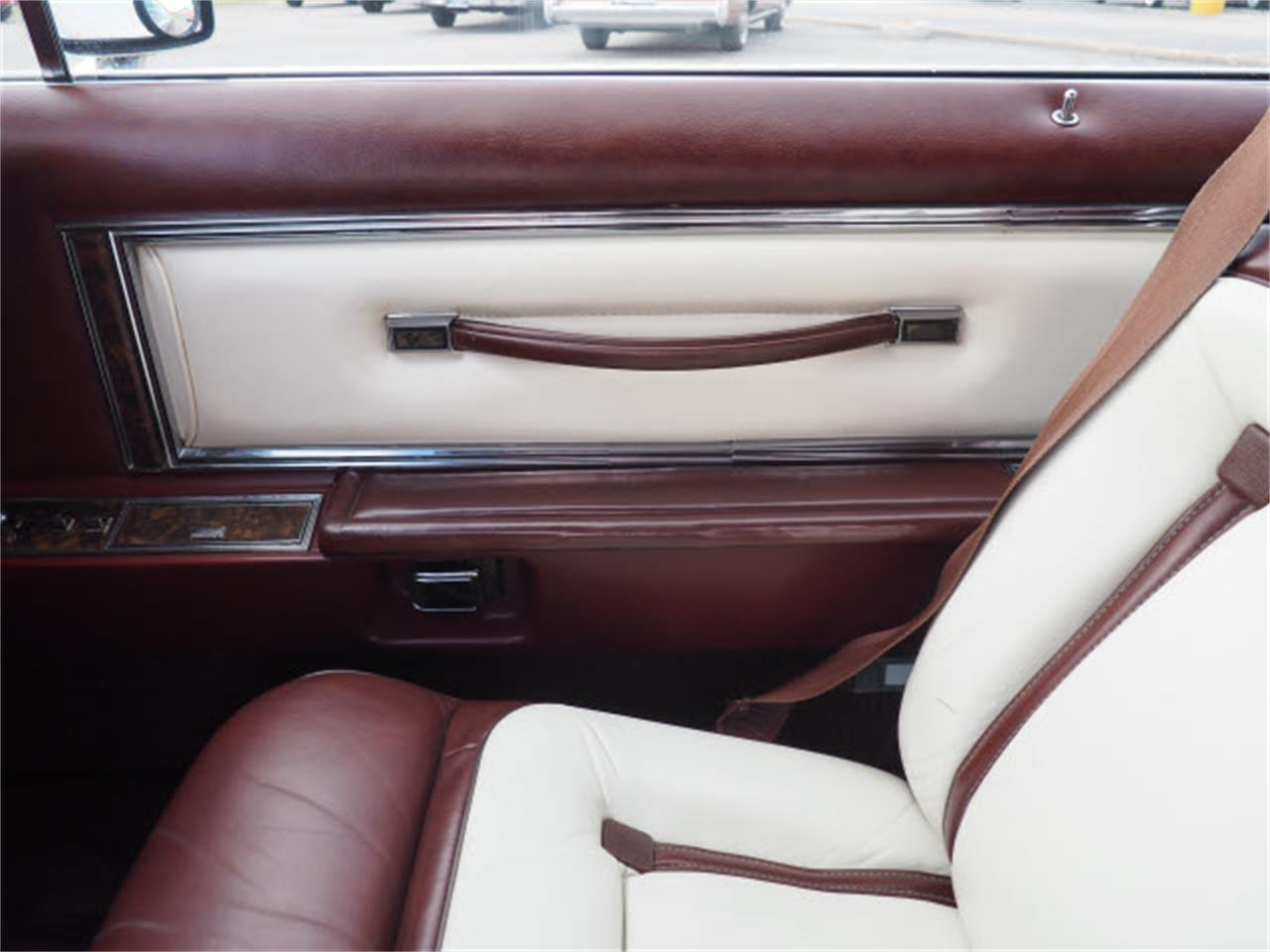 1977 Lincoln Continental (CC-1136700) for sale in Downers Grove, Illinois
