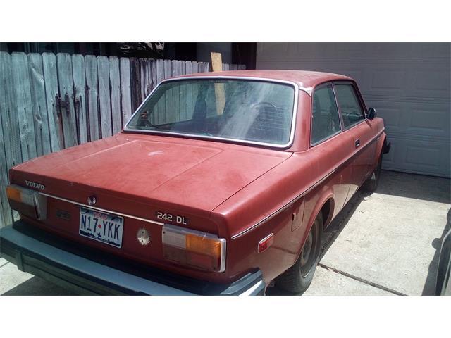 1977 Volvo 242 (CC-1138397) for sale in Missouri City, Texas