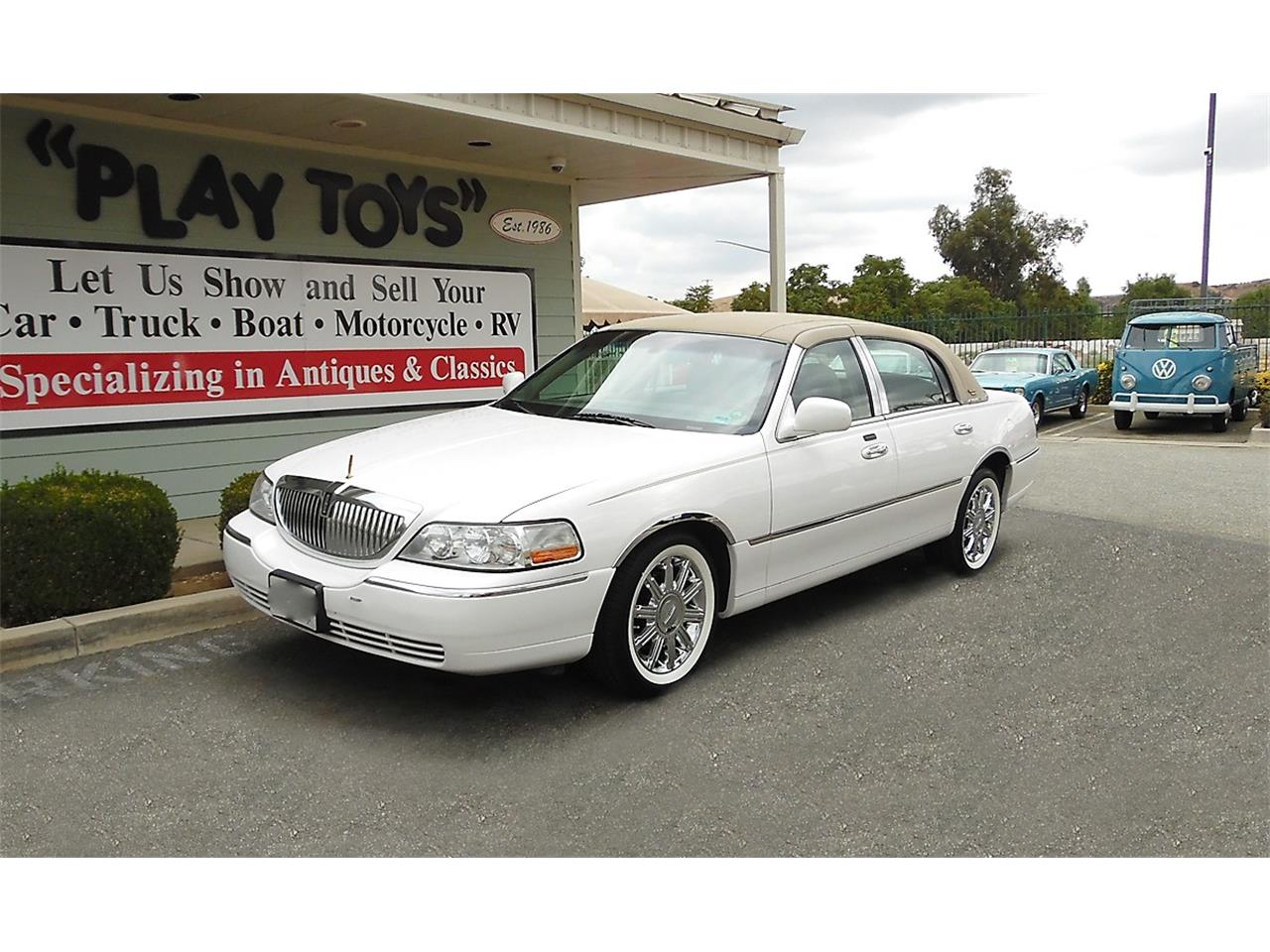 2009 Lincoln Town Car For