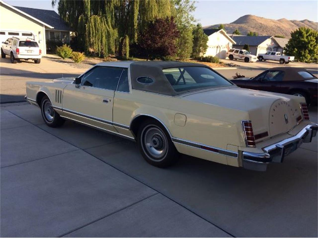 1977 Lincoln Continental (CC-1149424) for sale in Cadillac, Michigan