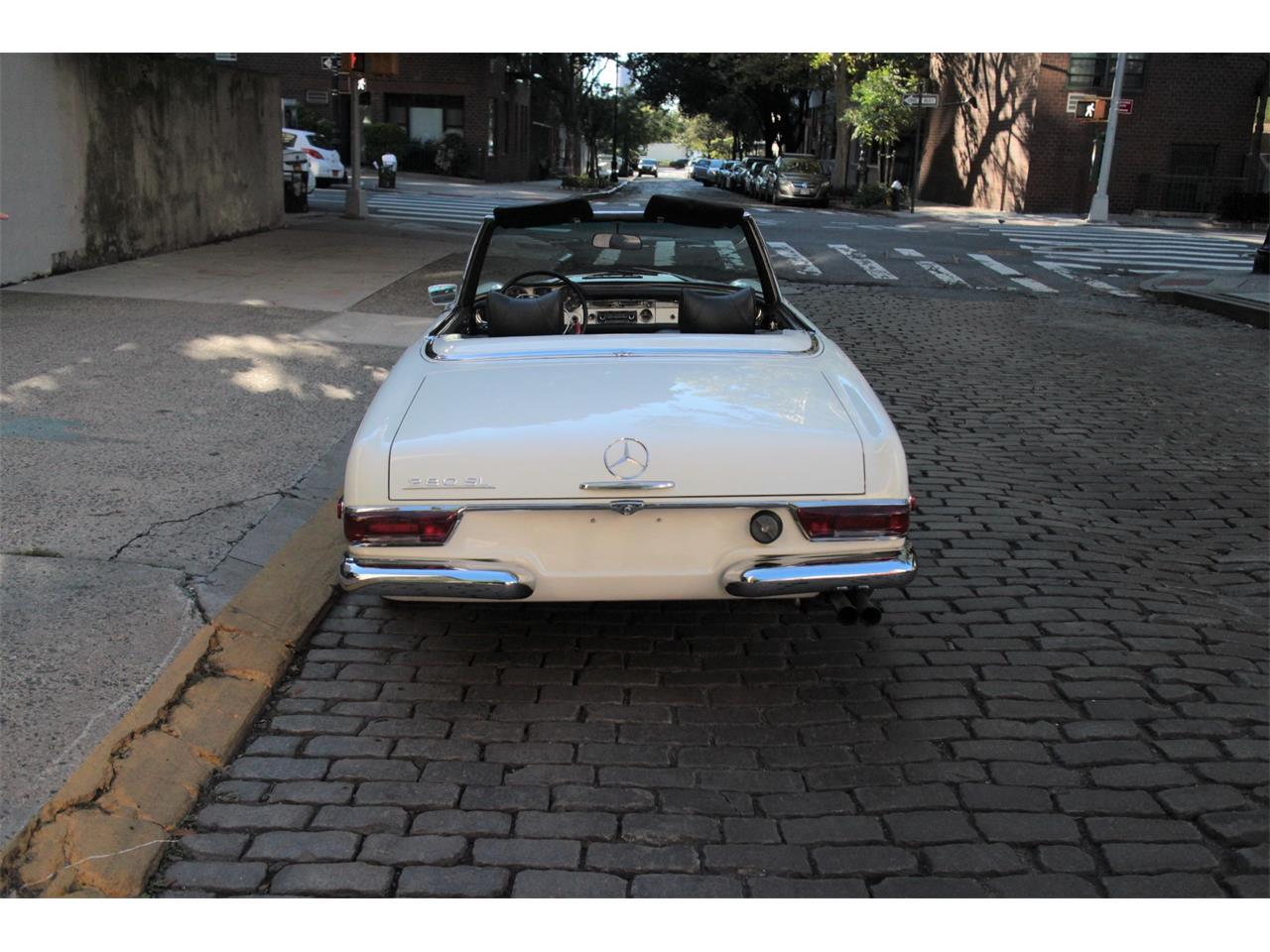 1968 Mercedes-Benz 280SL (CC-1154338) for sale in New York, New York
