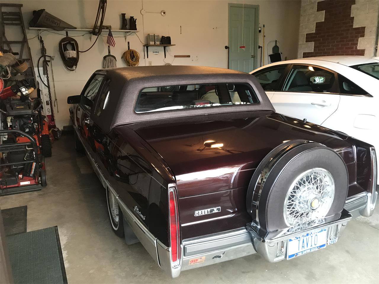 1990 Cadillac Fleetwood (CC-1157039) for sale in Syracuse, New York