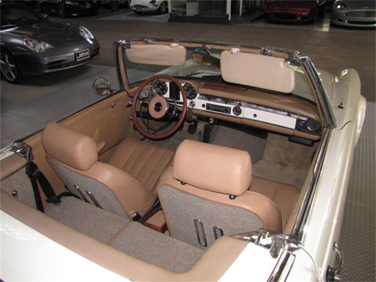 1966 Mercedes-Benz 230SL (CC-1163912) for sale in Hollywood, California