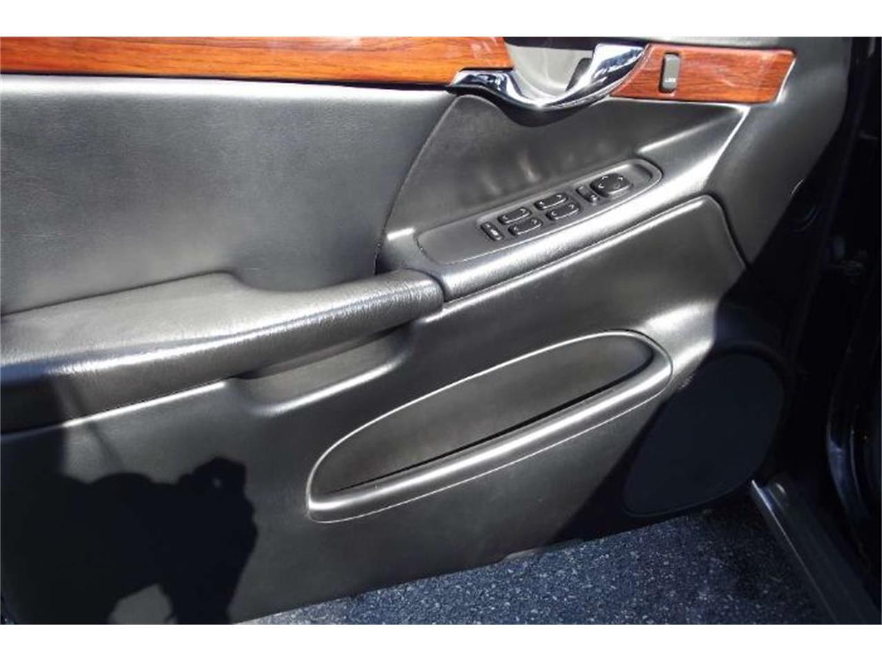2002 Cadillac DeVille (CC-1171854) for sale in Cadillac, Michigan