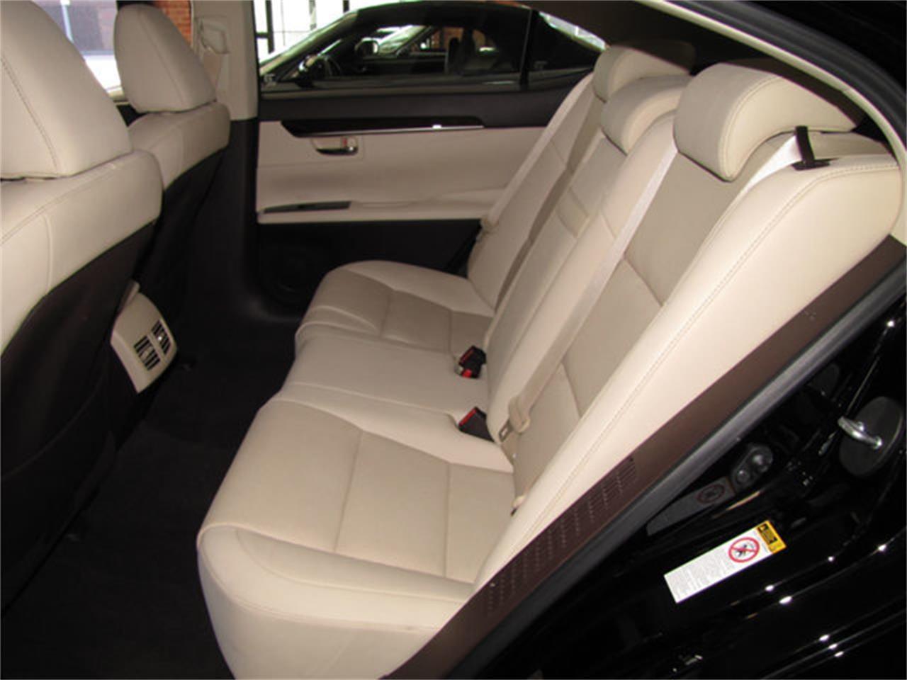 2016 Lexus ES300 (CC-1172704) for sale in Hollywood, California