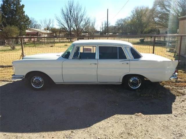 1965 Mercedes-Benz 220 (CC-1174134) for sale in Cadillac, Michigan