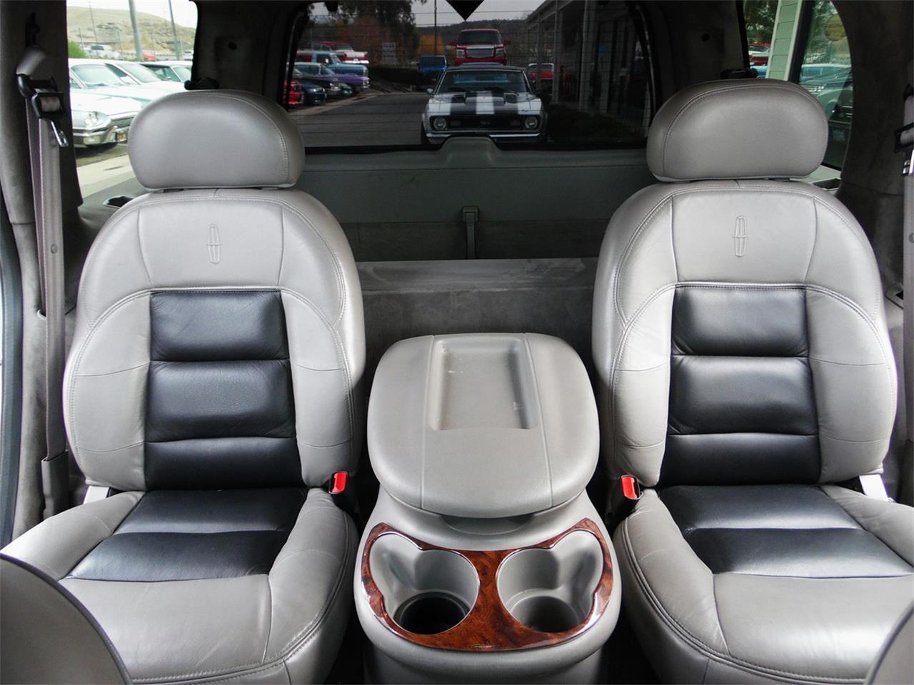 1998 Lincoln Navigator (CC-1174712) for sale in Redlands, California
