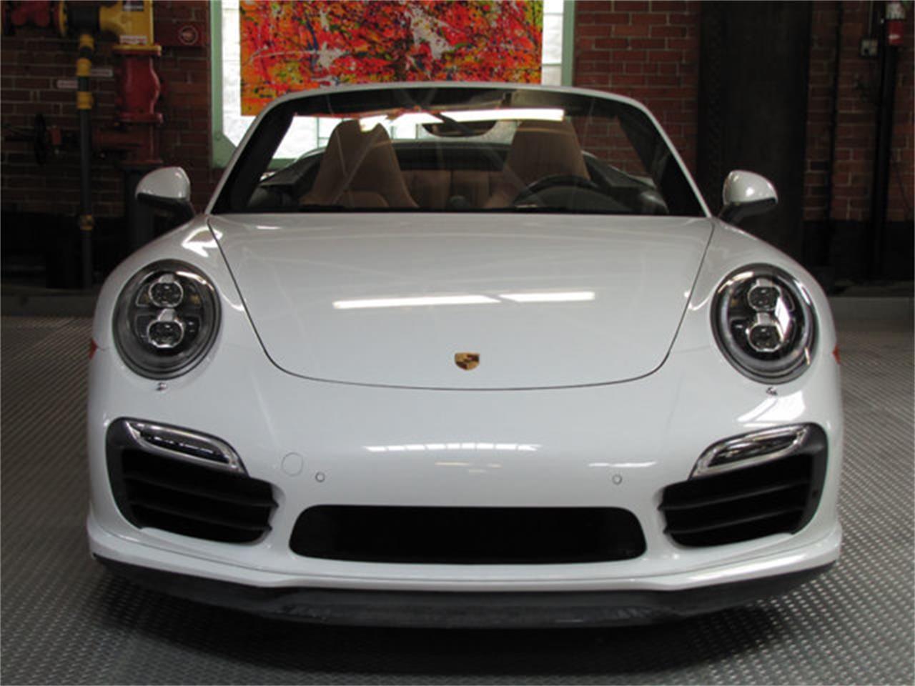 2016 Porsche 911 (CC-1180745) for sale in Hollywood, California