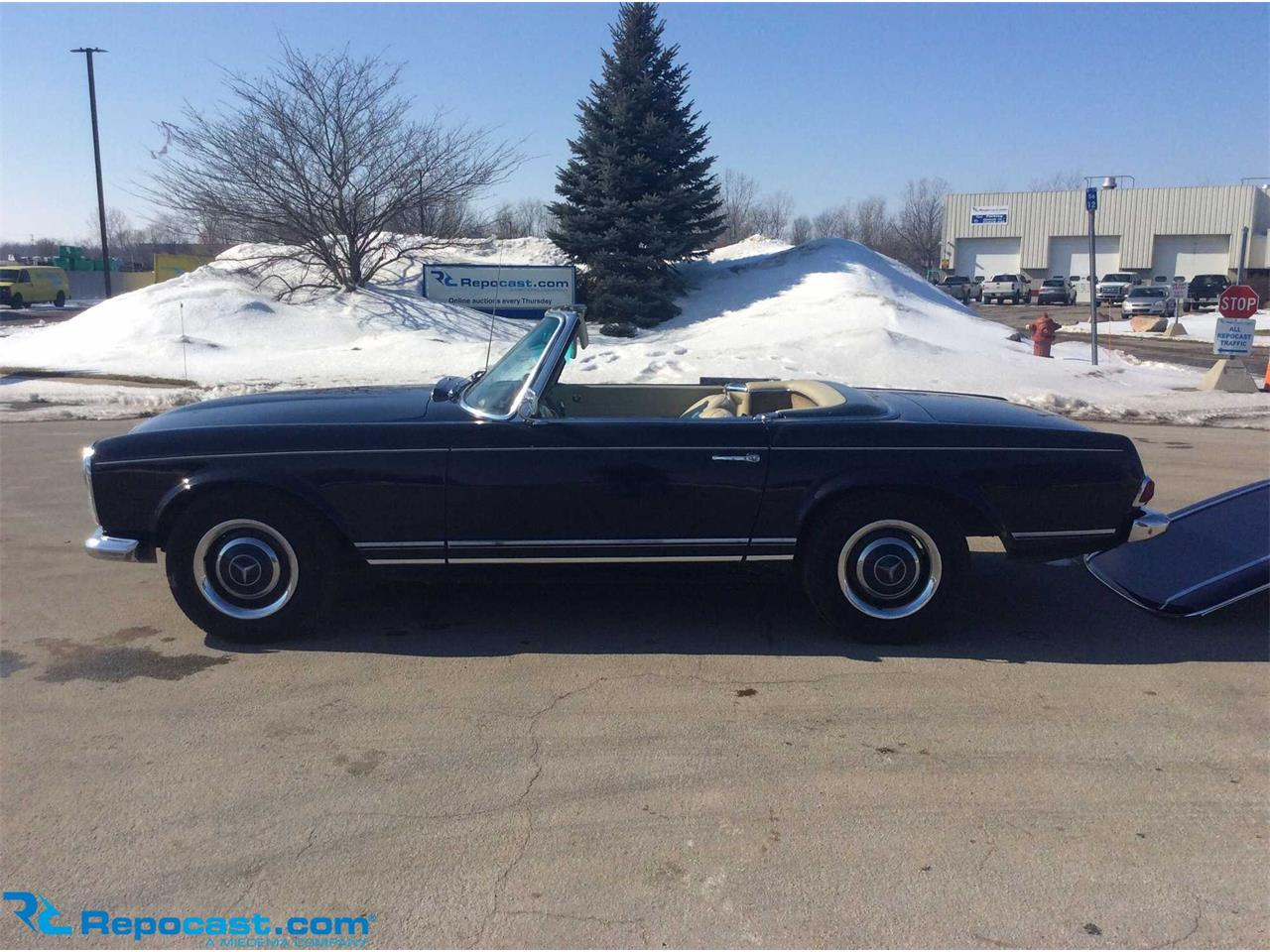 1967 Mercedes-Benz 230SL (CC-1192720) for sale in Byron Center, Michigan