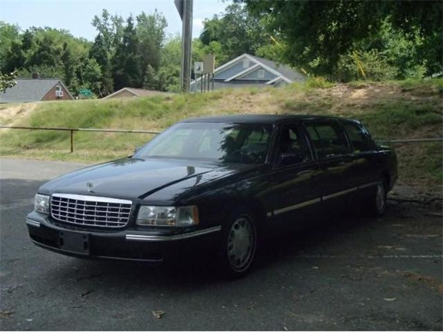 1998 Cadillac DeVille (CC-1196609) for sale in Cadillac, Michigan