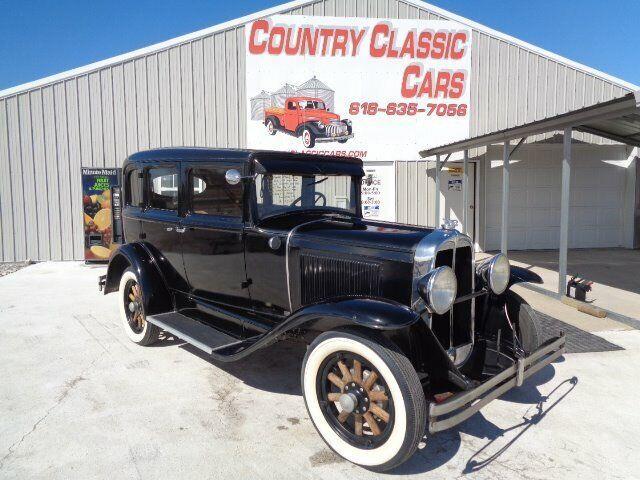 1930 Pontiac Sedan (CC-1198297) for sale in Staunton, Illinois