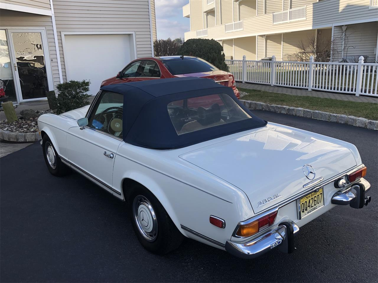 1971 Mercedes-Benz 280SL (CC-1199093) for sale in Long Branch, New Jersey