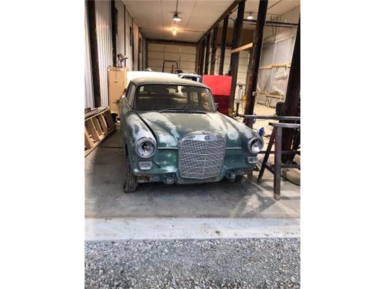 1967 Mercedes-Benz 230 (CC-1199962) for sale in Cadillac, Michigan