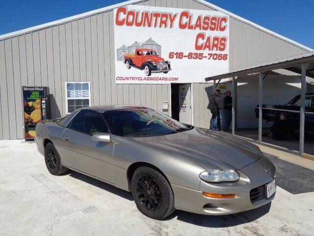 2001 Chevrolet Camaro (CC-1201838) for sale in Staunton, Illinois