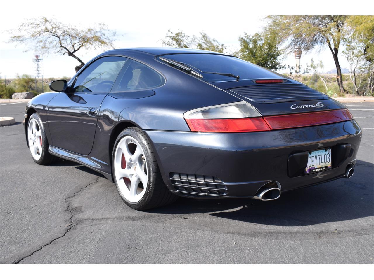 15804376-2004-porsche-911-carrera-4s-std