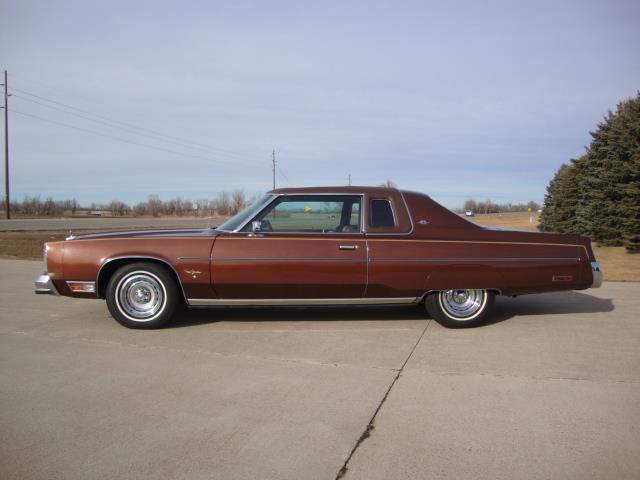 1977 Chrysler New Yorker (CC-1205795) for sale in Milbank, South Dakota