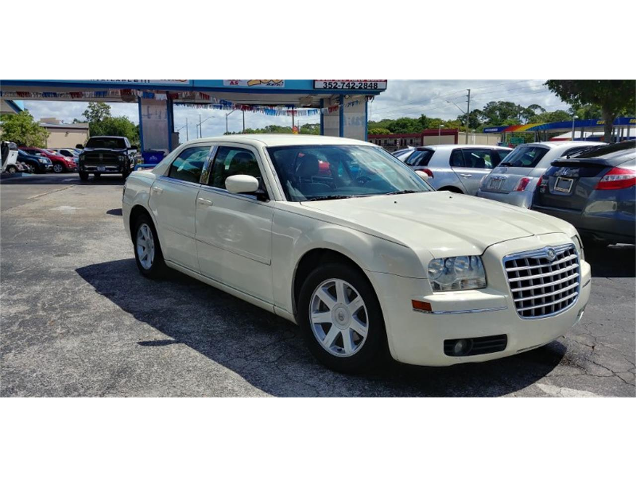 2005 Chrysler 300 (CC-1208209) for sale in Tavares, Florida