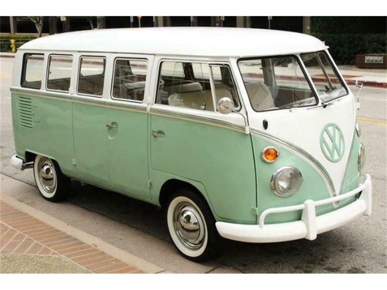 1965 Volkswagen Bus For Sale Classiccars Com Cc 1208268