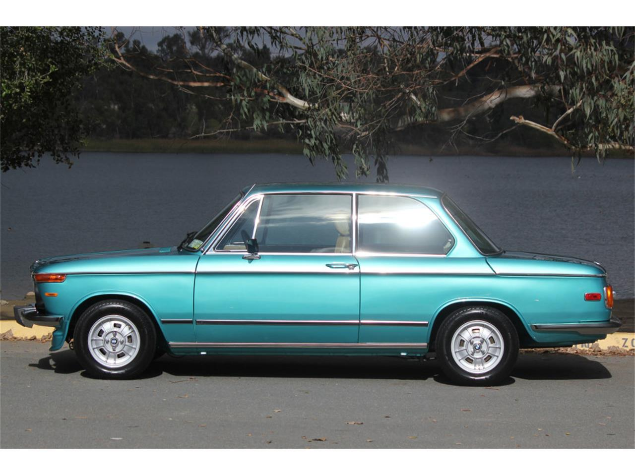 1976 Bmw 2002 Voltage Regulator Wiring from photos.classiccars.com