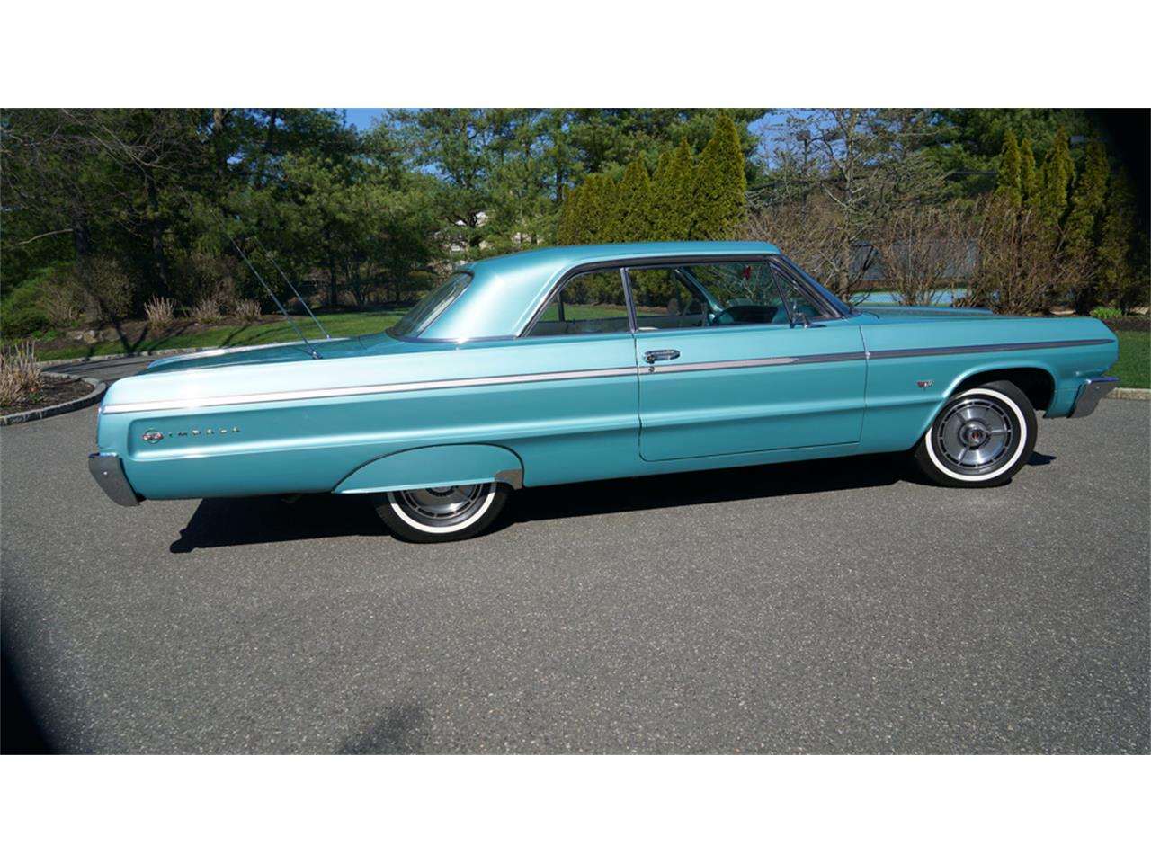 1964 Chevrolet Impala SS (CC-1208465) for sale in Old Bethpage, New York