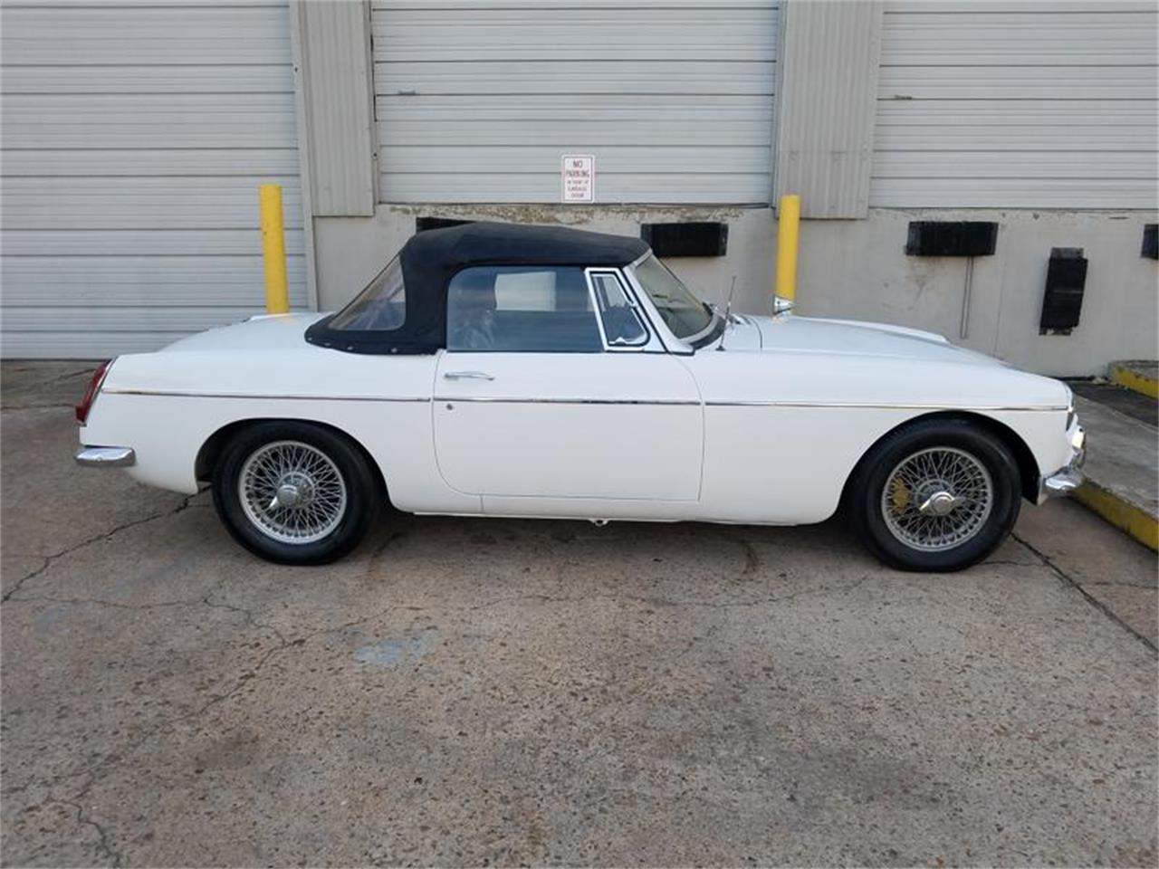 1966 MG MGB (CC-1210377) for sale in Houston , Texas