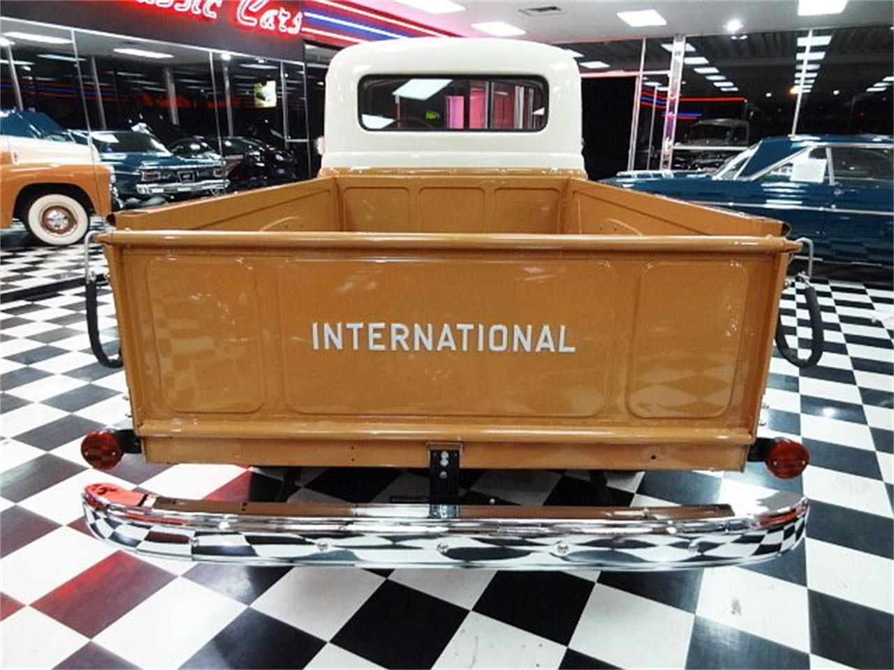 1956 International S110 (CC-1217227) for sale in Bonner Springs, Kansas