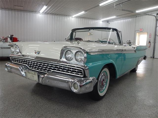 1959 Ford Fairlane 500 Skyliner