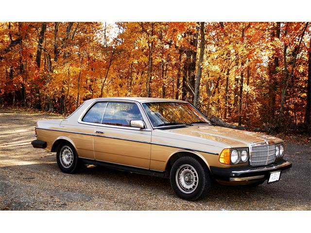 1983 Mercedes-Benz 300CD (CC-1229985) for sale in Tebbetts, Missouri