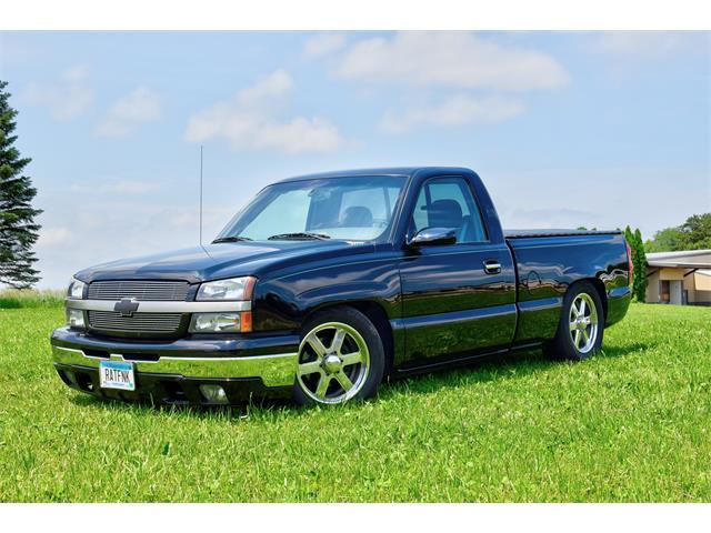 2004 Chevrolet Silverado (CC-1232714) for sale in Watertown, Minnesota
