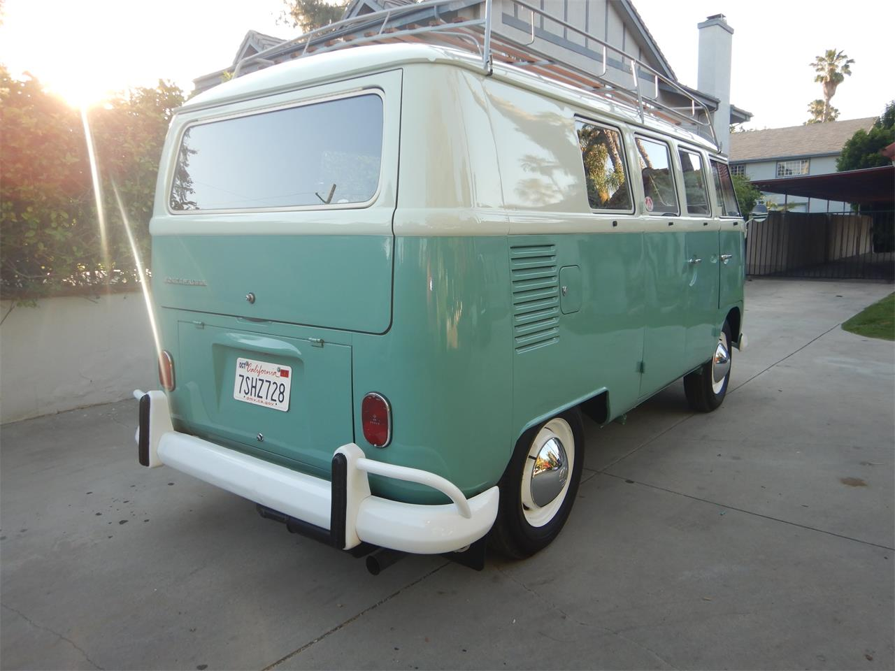 1964 Volkswagen Bus (CC-1233324) for sale in Woodland Hills, California