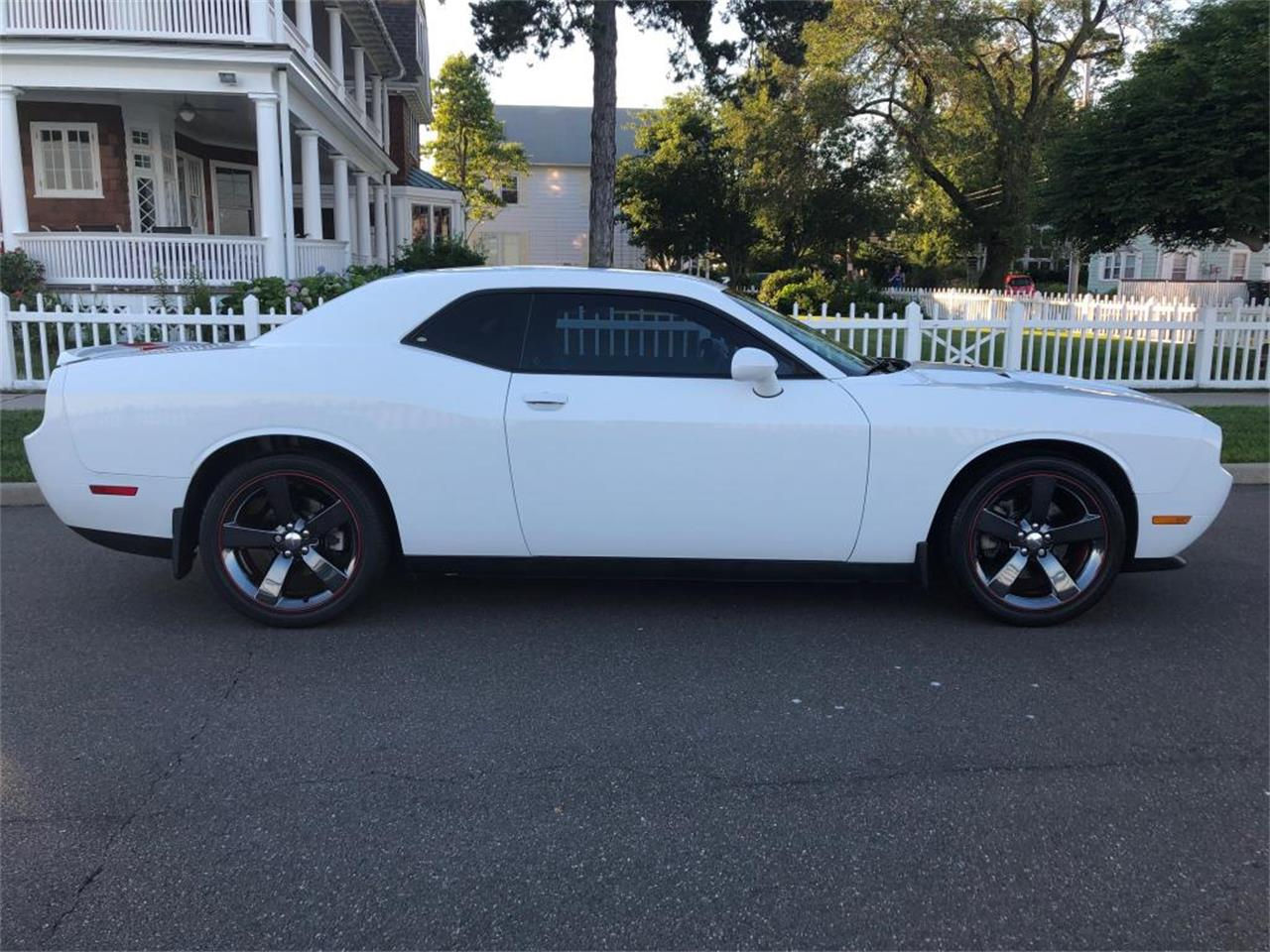 2012 Dodge Challenger (CC-1233360) for sale in Milford City, Connecticut