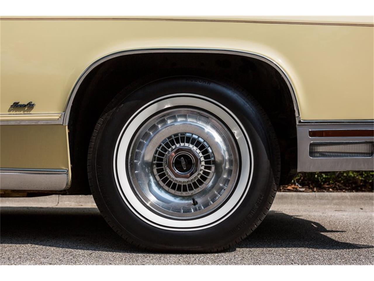 1977 Lincoln Town Car (CC-1242593) for sale in Orlando, Florida